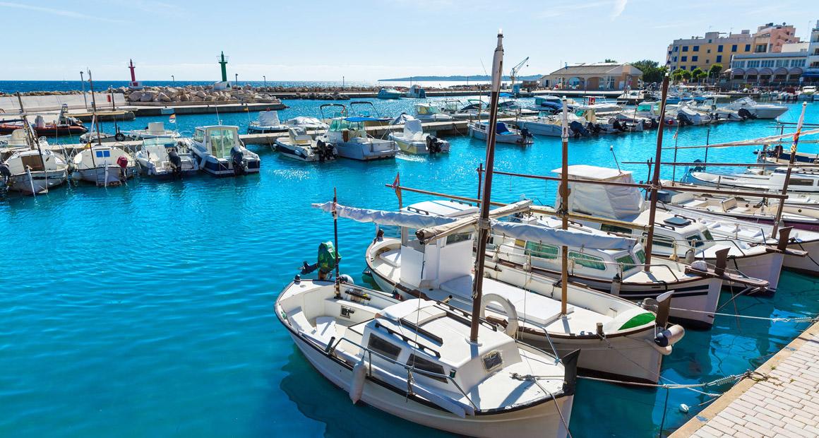 Hamnen i Cala Bona