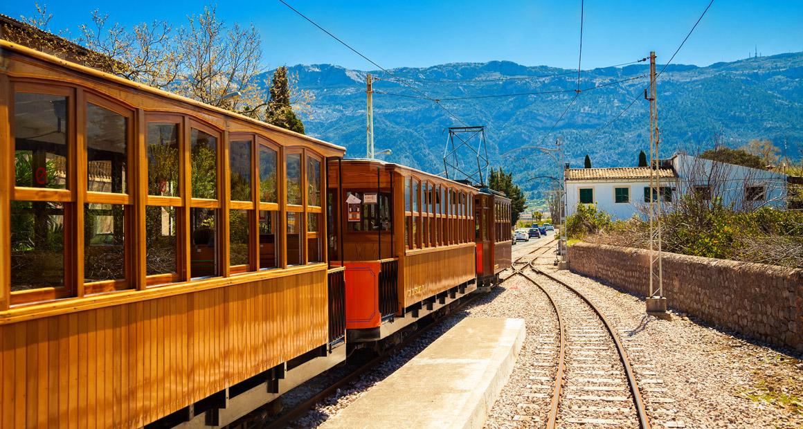 Trätåget mellan Palma och Soller